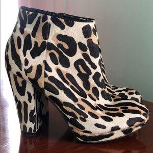 Aldo Shoes - Aldo leopard ankle boots!